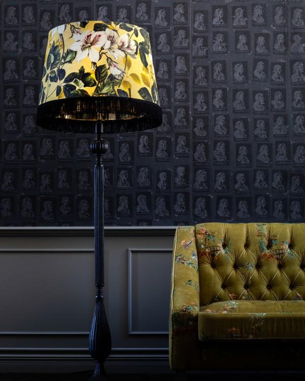 YELLOW GARDEN ARTISAN vintage black Floor Lamp