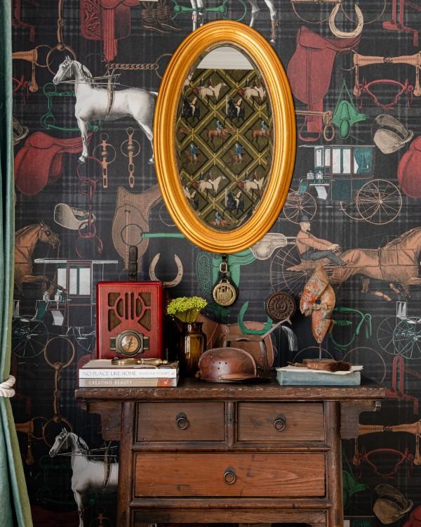 THE JOCKEY Faded Wallpaper