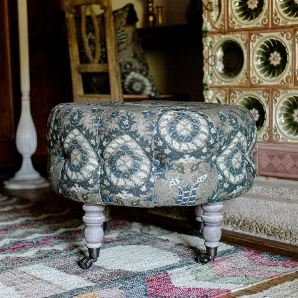 FEZ TUFTED STOOL - FLOURISH DAPPLE GREY Linen