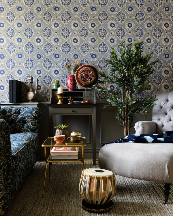 MADDER Grey Wallpaper