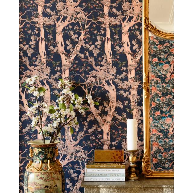 THE SACRED TREE Wallpaper