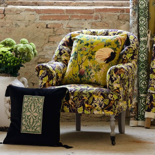ST GERMAINE Tufted Chair - LA VOLIERE Velvet