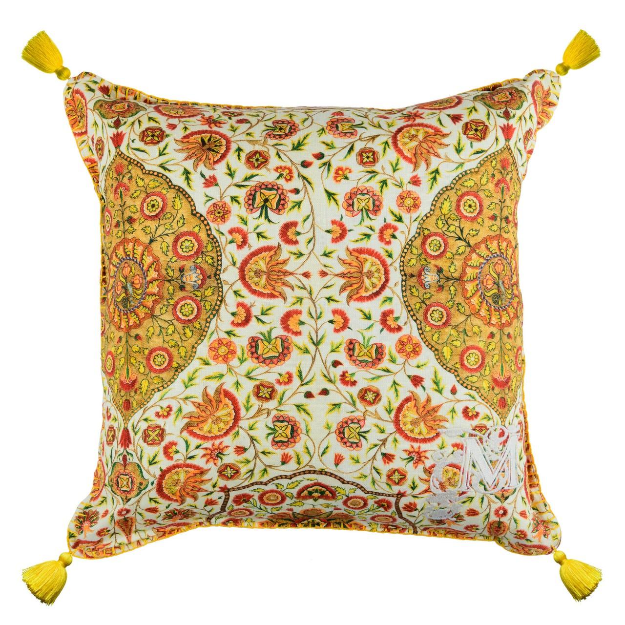 CSARDAS Linen Cushion