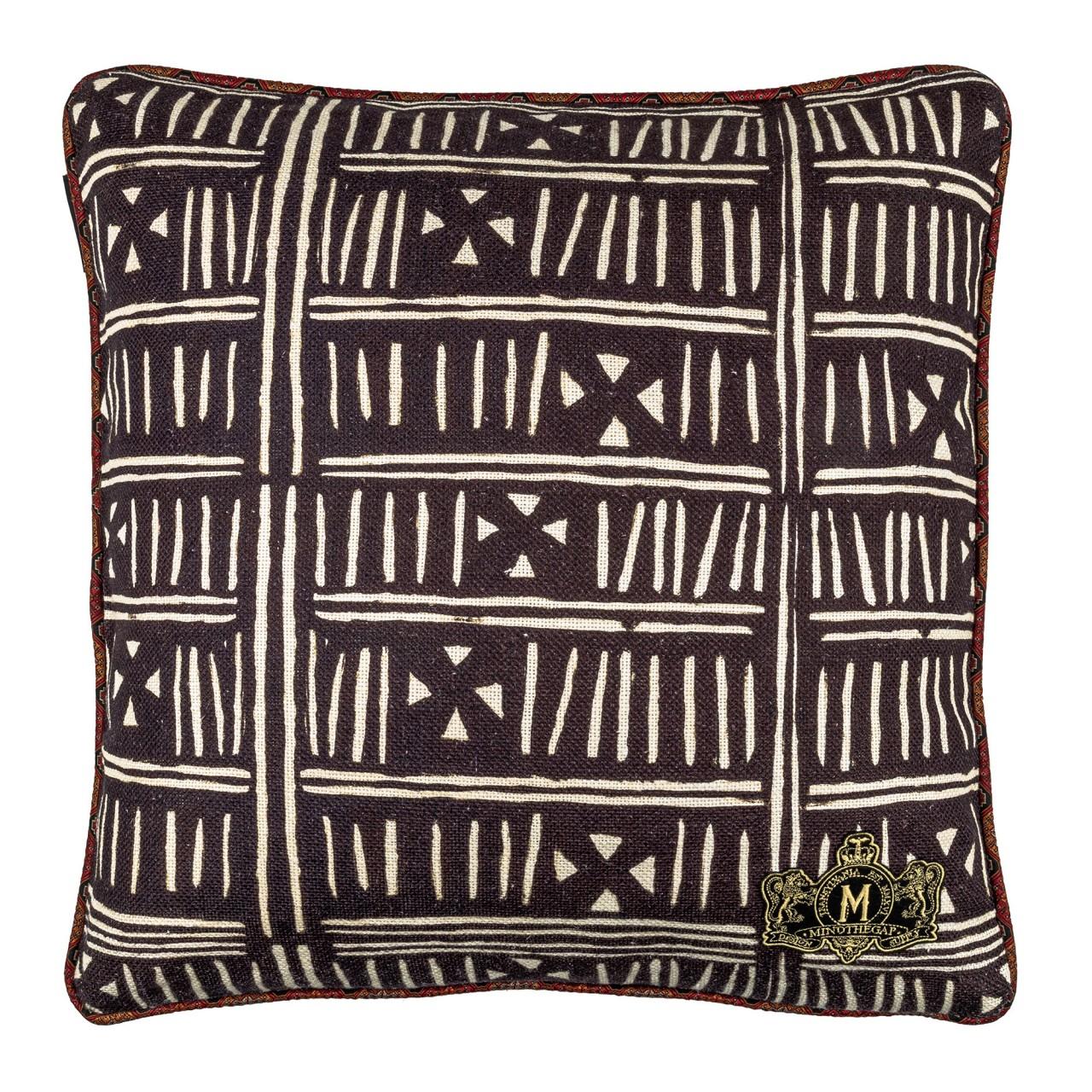 BOGOLANFINI Linen Cushion