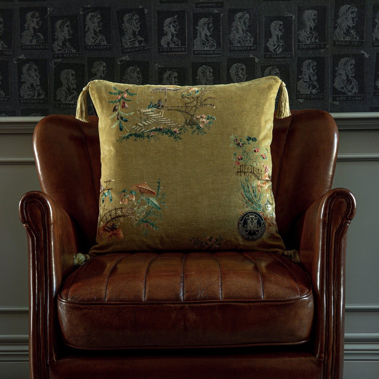 CHINOISERIE Velvet Cushion