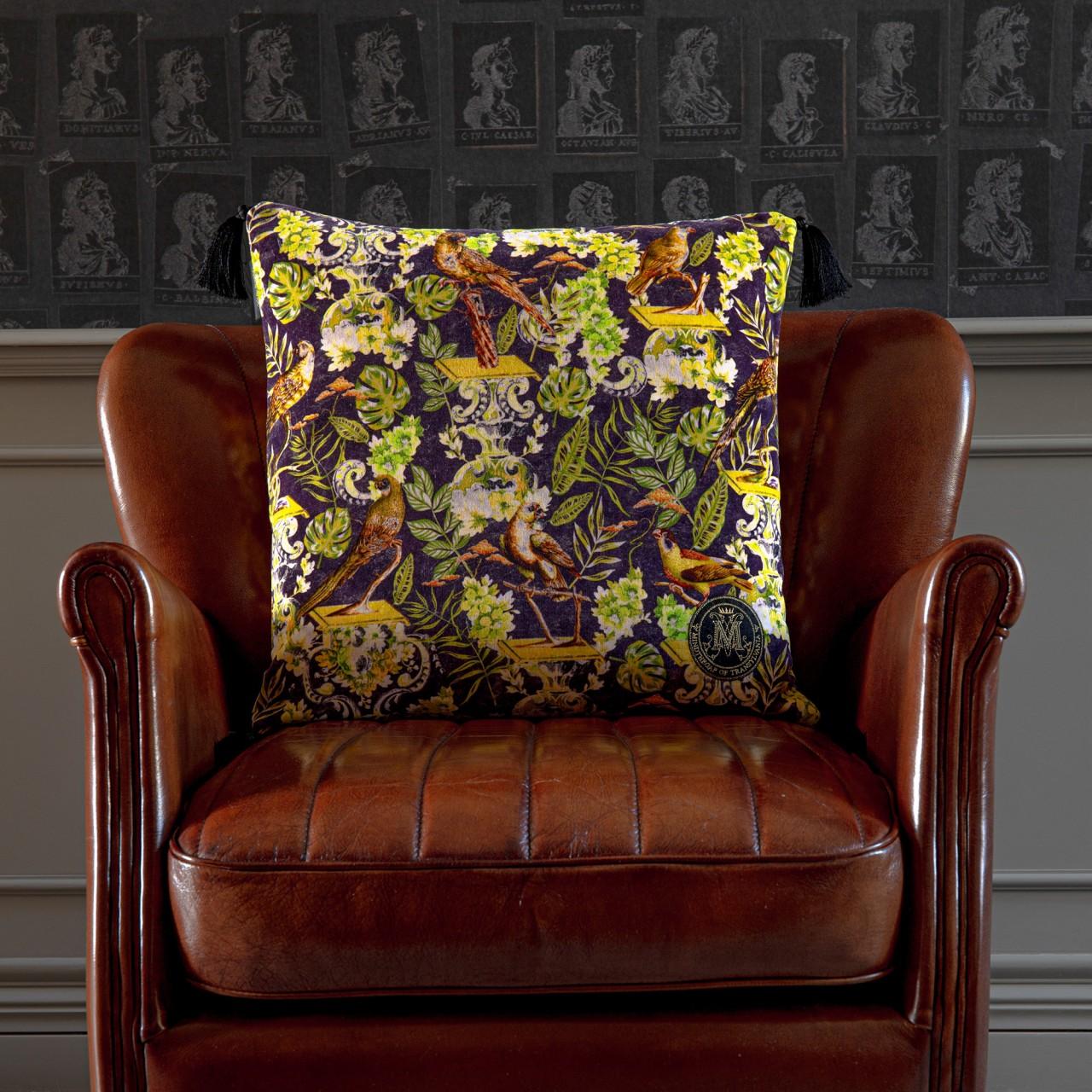 LA VOLIERE Velvet Cushion
