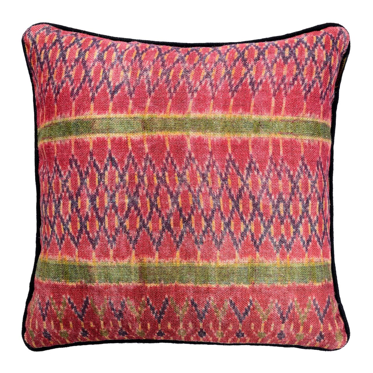LAKAI Linen Cushion