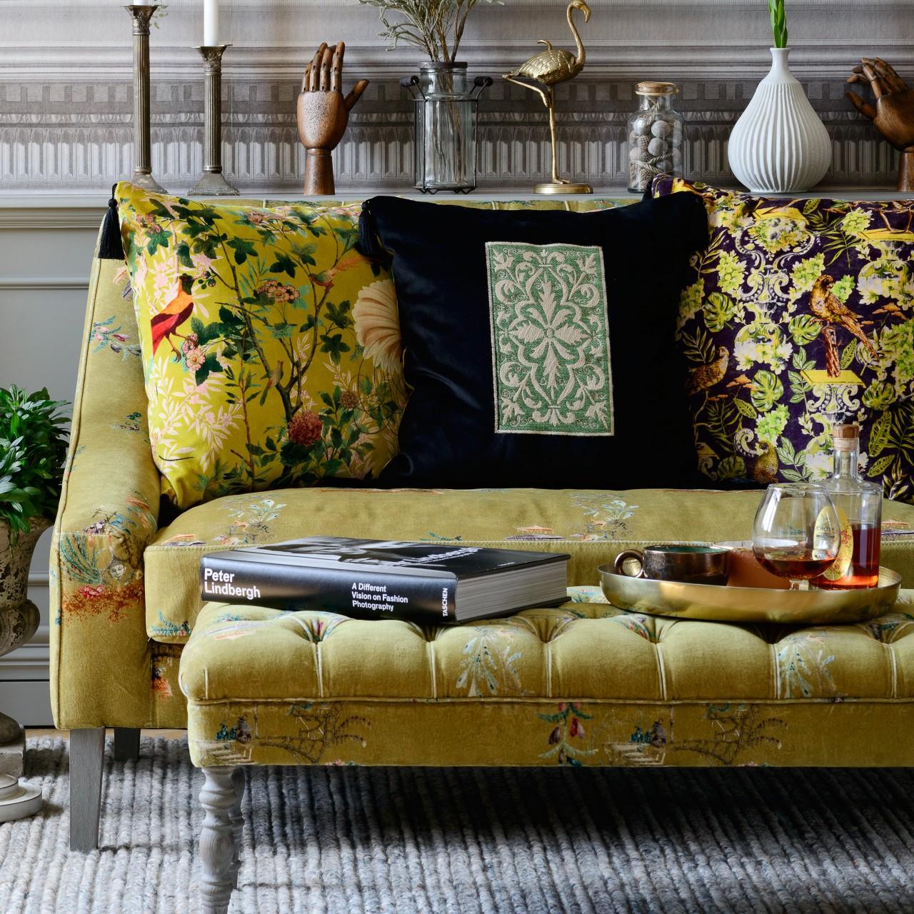 EDWARD Ottoman Tufted Bench - CHINOISERIE Velvet