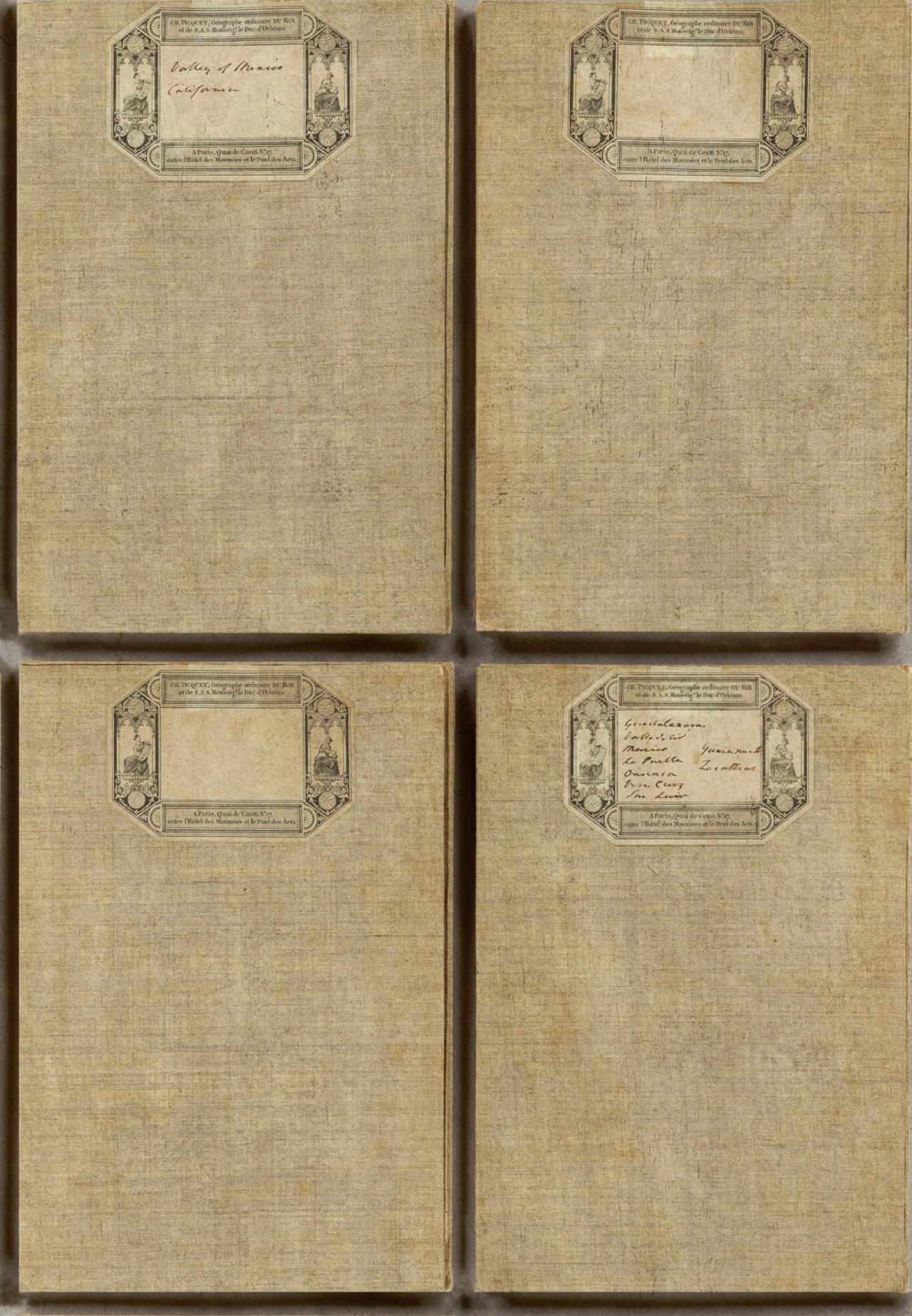 FABRIC COVERS ANTIQUE Premium Wallpaper