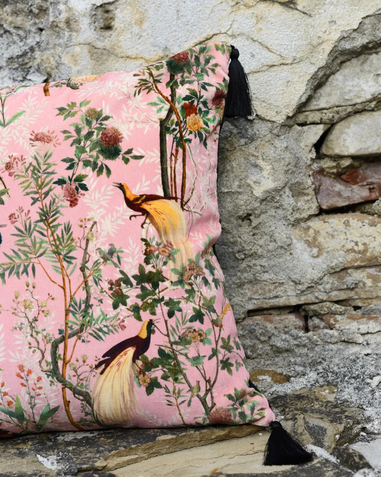 ROYAL GARDEN Pink Velvet
