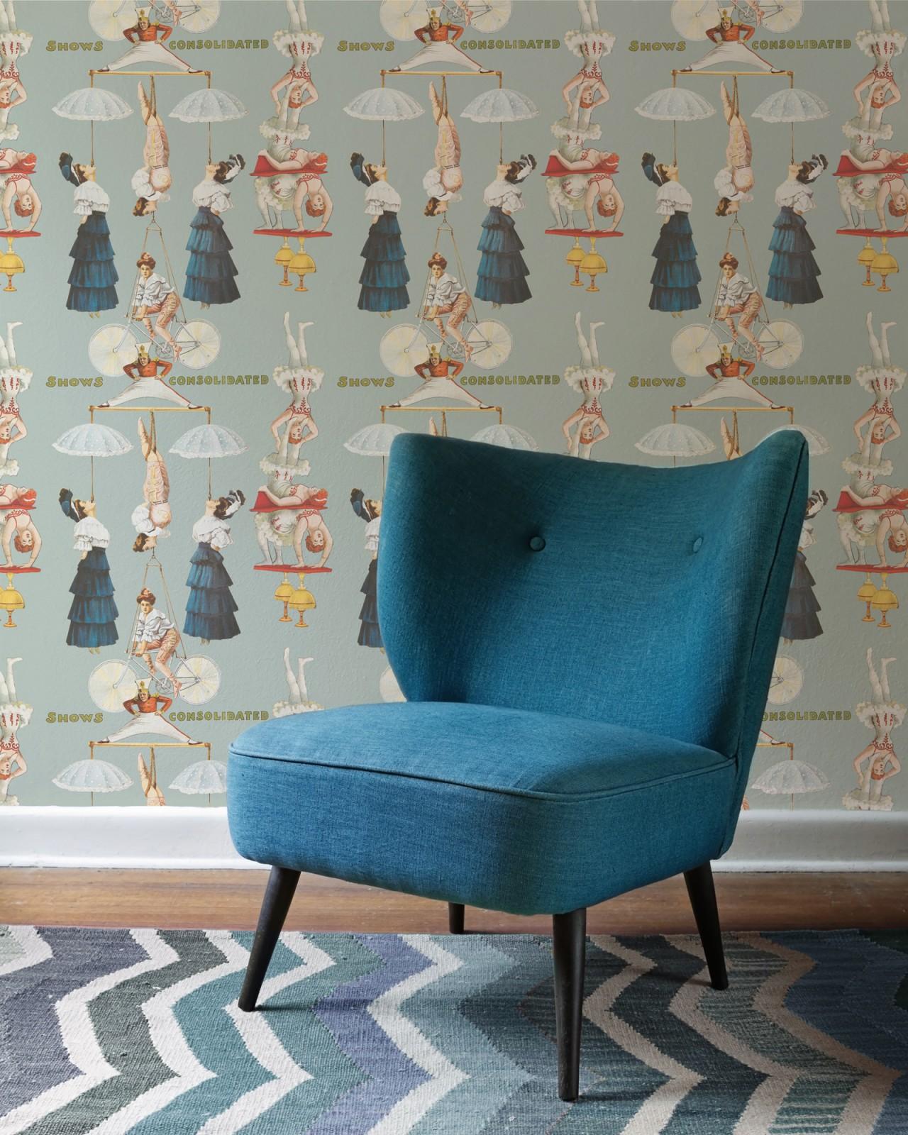 THE GREAT SHOW Blue Premium Wallpaper