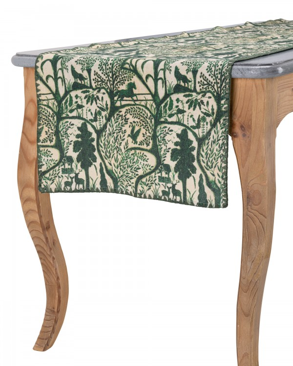 THE ENCHANTED WOODLAND Table runner