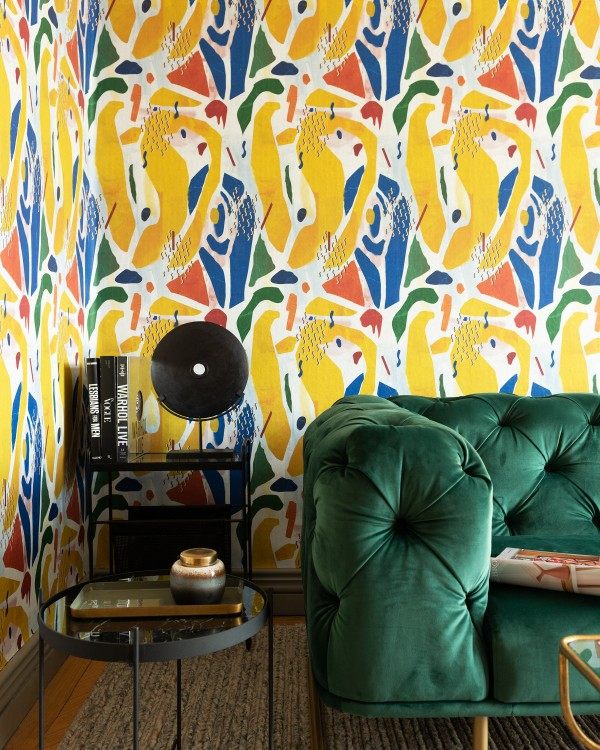 EXTRAVAGANCY Wallpaper