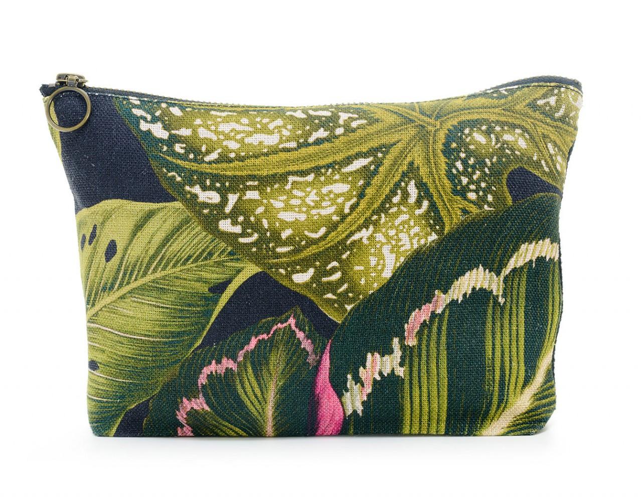 AMAZONIA Linen Wash Bag