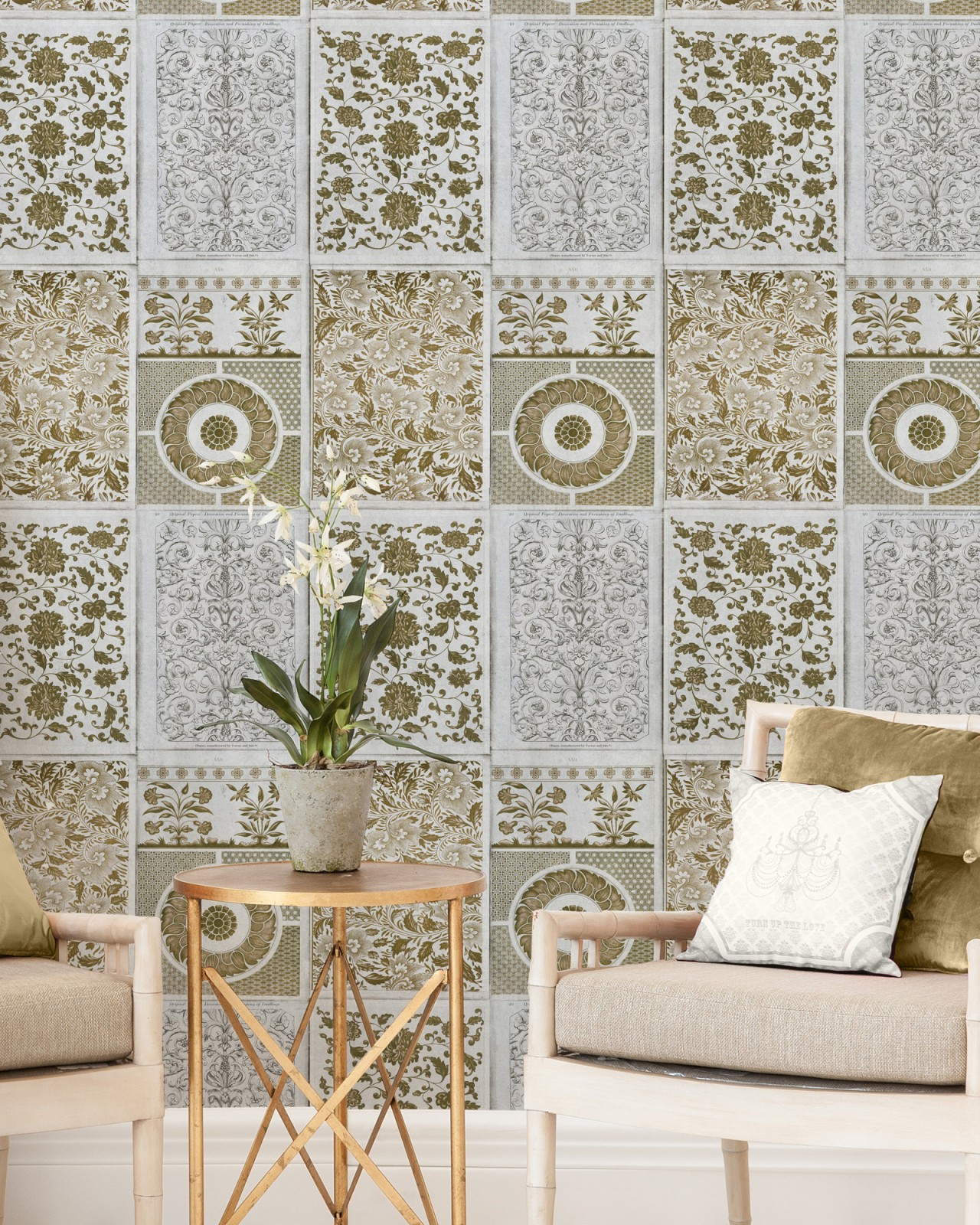 CHINESE PATTERN Brown Premium Wallpaper