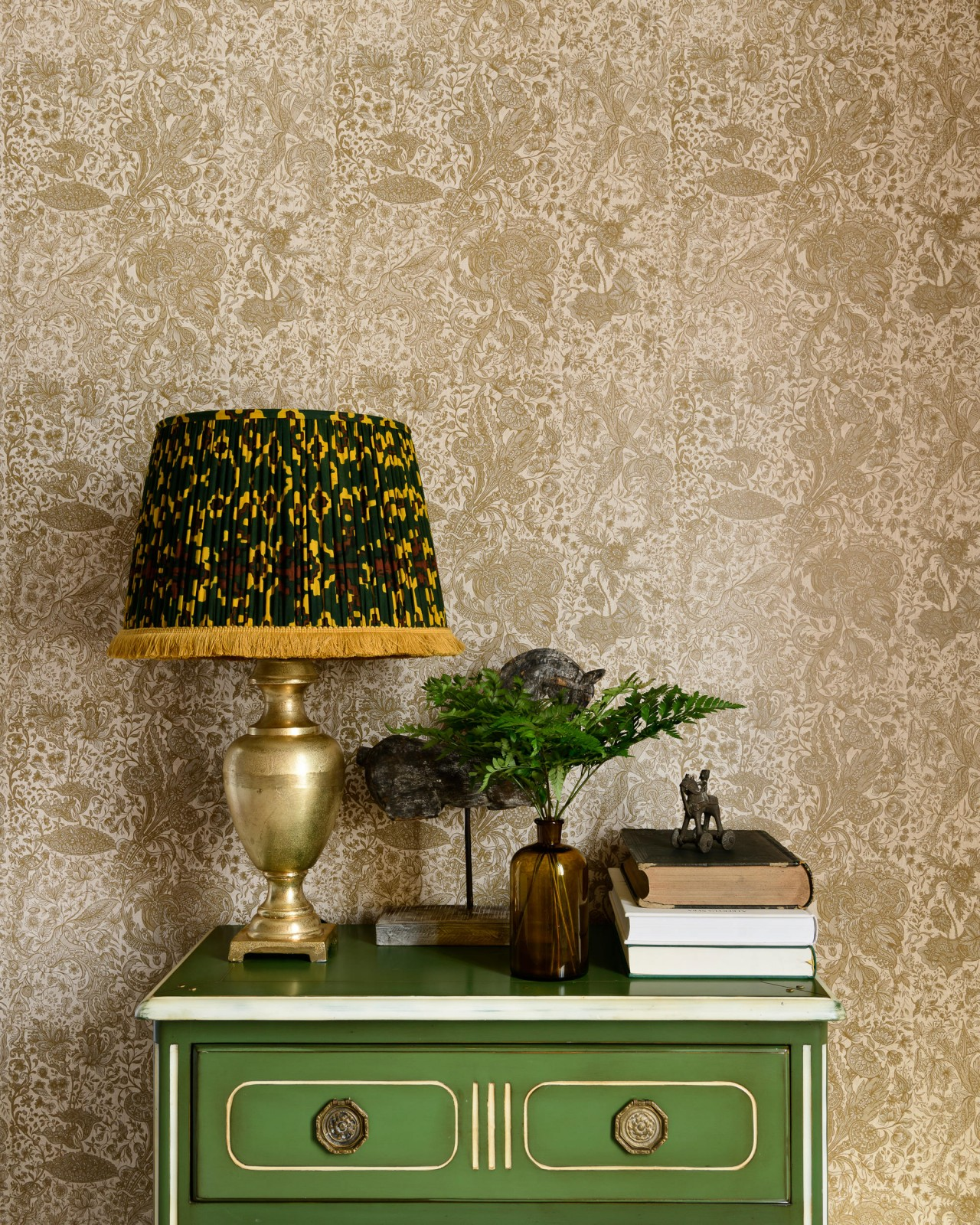 SARKOZI EMBROIDERY Taupe Wallpaper