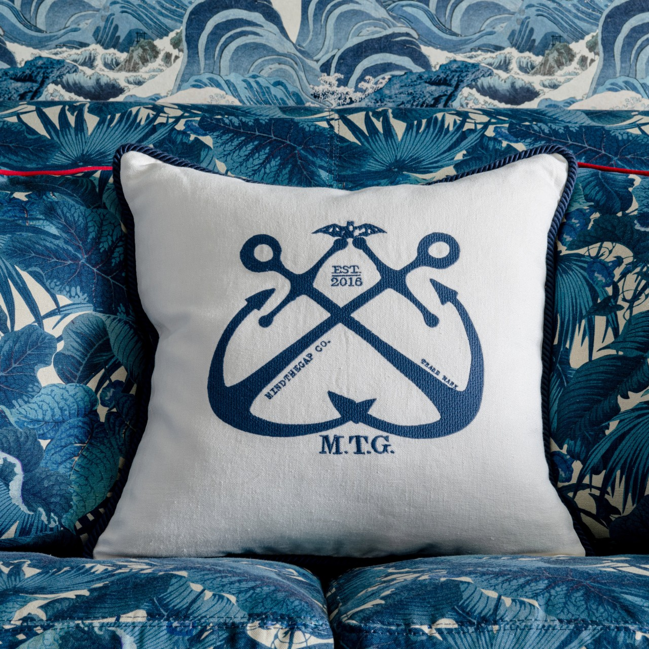 VINTAGE ANCHORS Linen Embroidered Cushion